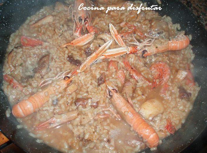 Cómo hacer arroz mar y montaña fácil