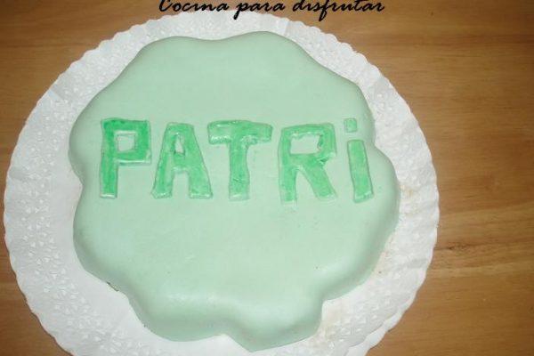Cómo hacer pastel con fondant de nubes fácil