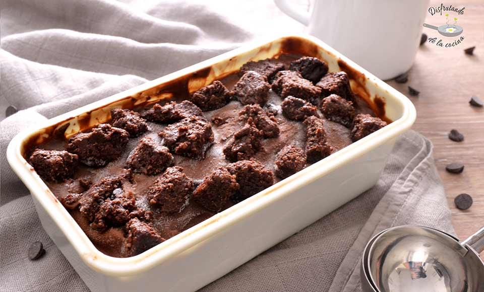 Cómo hacer helado de chocolate y brownie casero