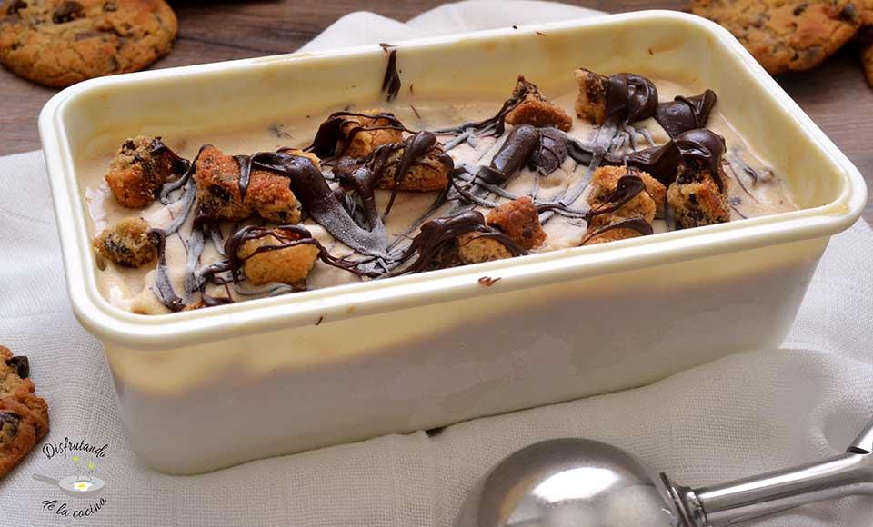 Cómo hacer helado de chocolate y cookies casero