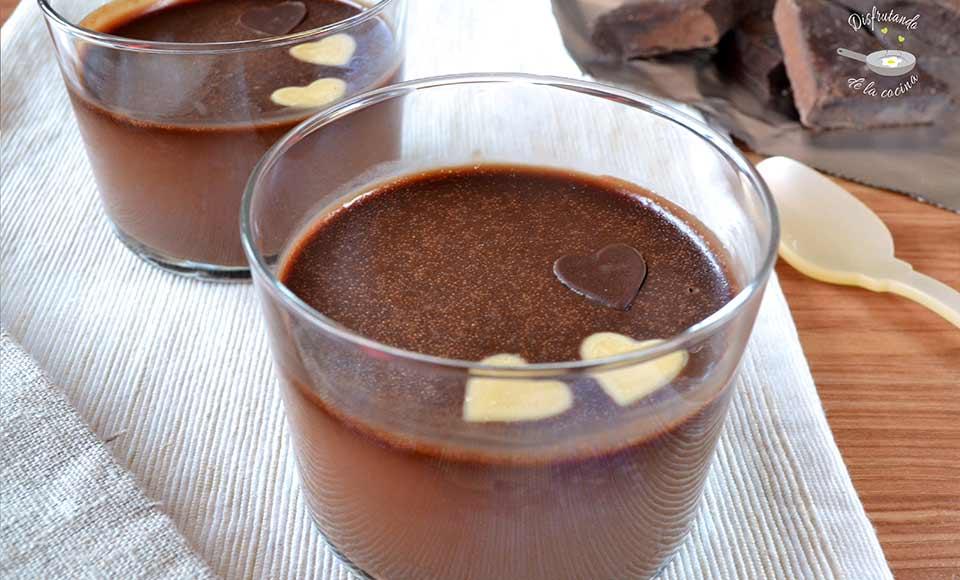 Receta de panna cotta de chocolate fáci