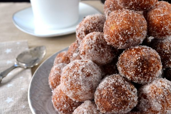 Buñuelos de viento fáciles y redondos