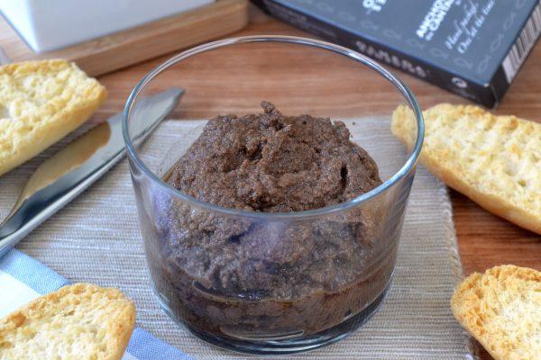 Cómo hacer un tapenade, olivada o paté de aceitunas fácil