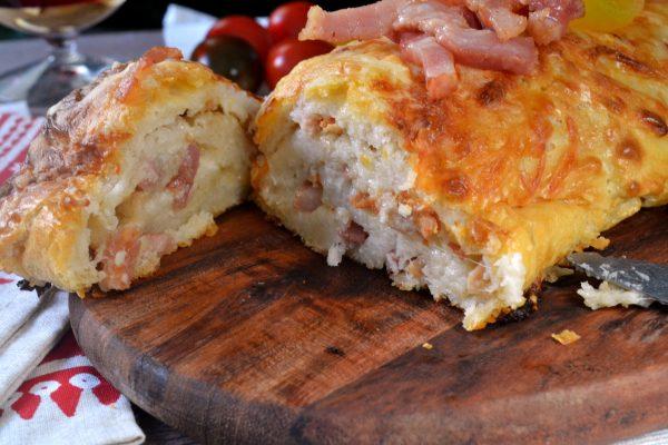 Cómo hacer un tronco salado de beicon y queso fácil