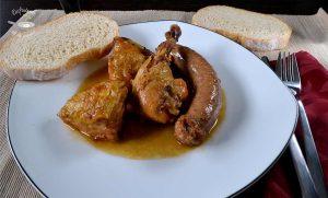 pollo con butifarra al cava receta fácil
