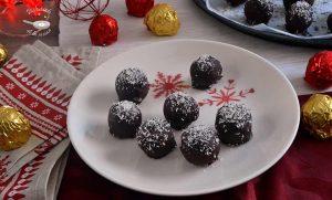 receta bolitas de mazapan cubiertas de chocolate