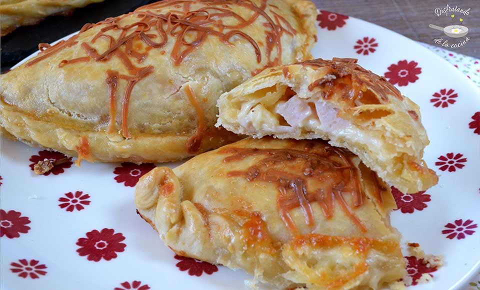 como hacer  empanadas  de jamon y queso