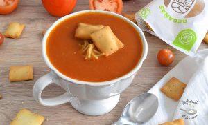 Sopa de tomate casera – Pomidorowa (Receta fácil)