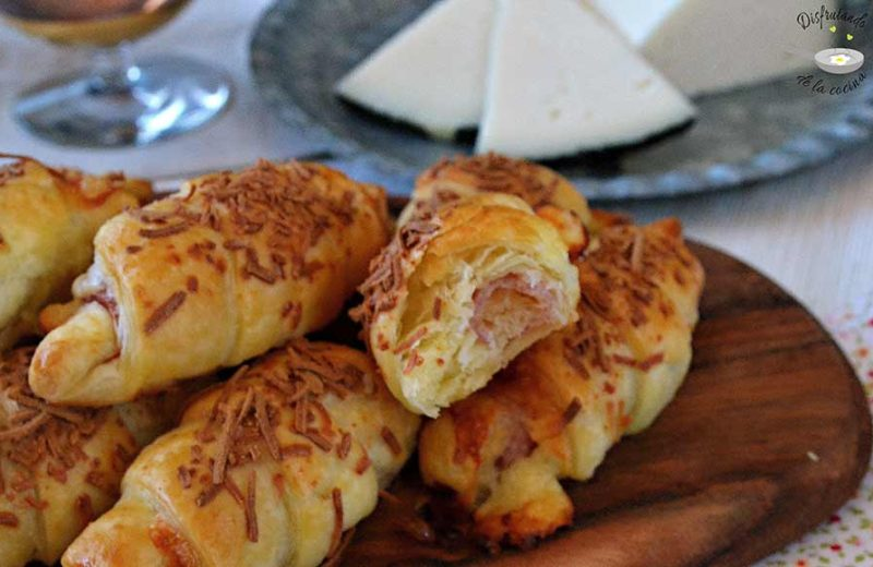 hojaldre jamon y queso