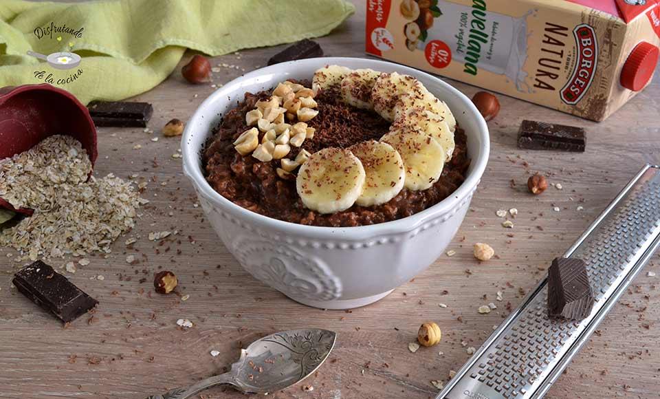 Disfrutando De La Cocina Gachas De Avena Y Chocolate O Porridge