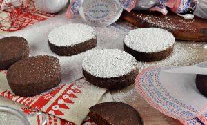 Polvorones de chocolate caseros (Postre fácil)