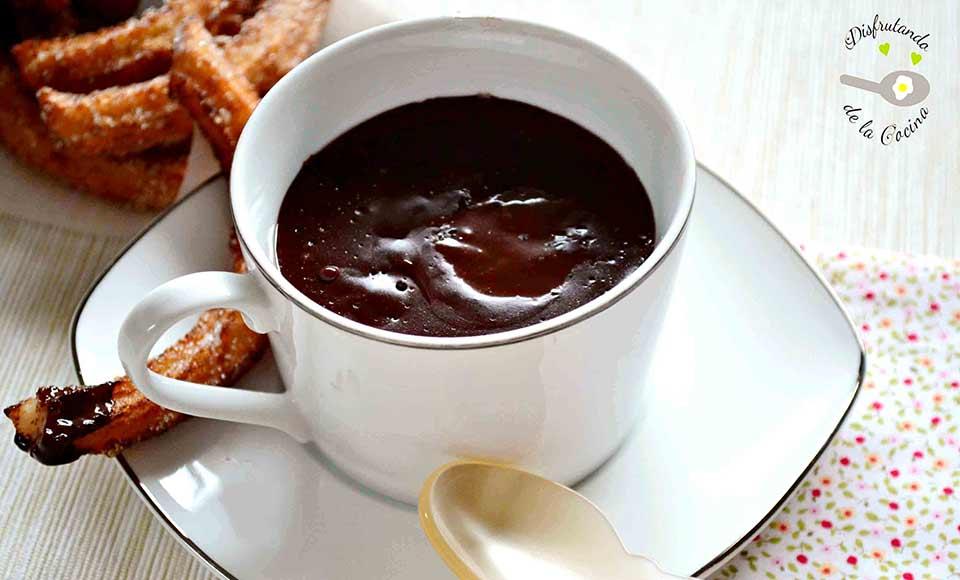 Receta de chocolate a la taza o chocolate caliente casero