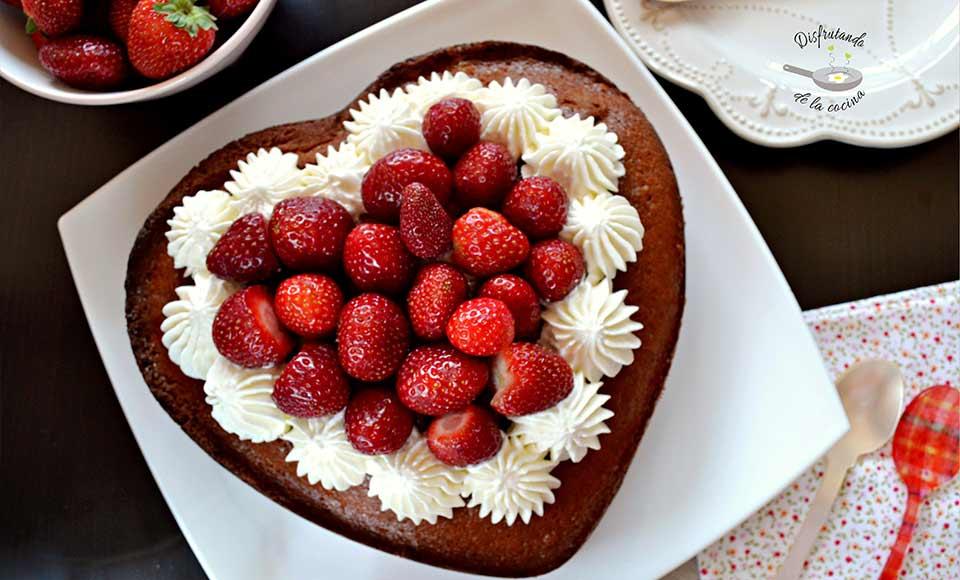 Receta de bizcocho de fresas casero