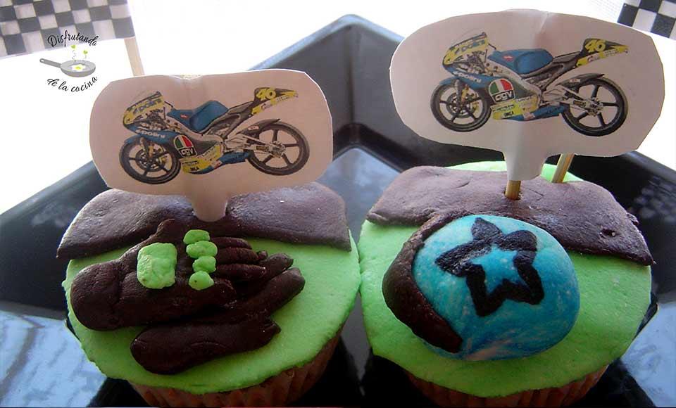 Receta de cupcakes decoración motos