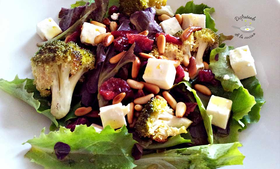 Receta de ensalada de brócoli con queso feta