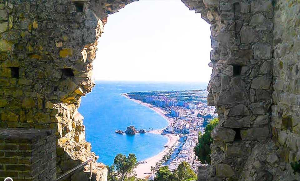 Vista desde el castillo de Sant Joan Blanes