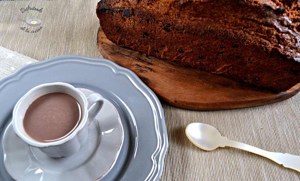 Receta de plum cake con pepitas de chocolate y nueces