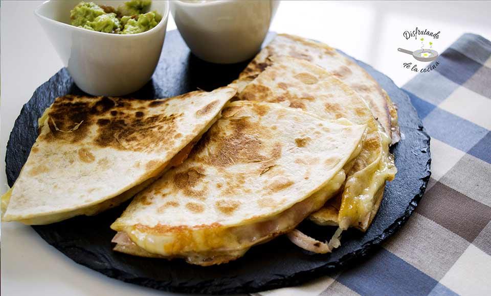 Receta de quesadillas de jamón york y queso o chorizo y queso caseras