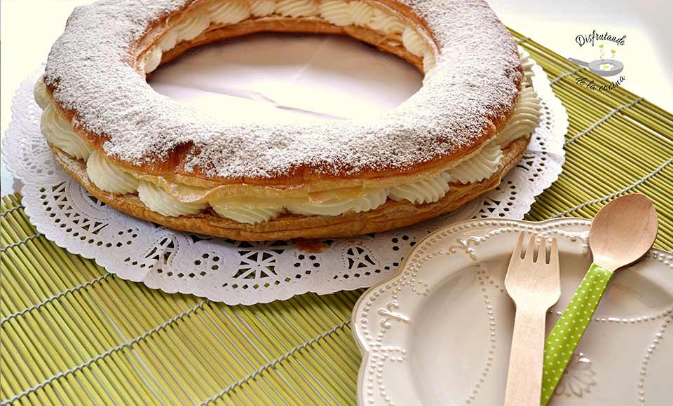 Receta de roscón o tortel de hojaldre relleno de nata