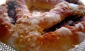 Tortel o roscón de Reyes de crema de chocolate y turrón / Tortel o roscón de hojaldre con nata