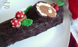 Tronco de navidad relleno de chocolate (Postre fácil)