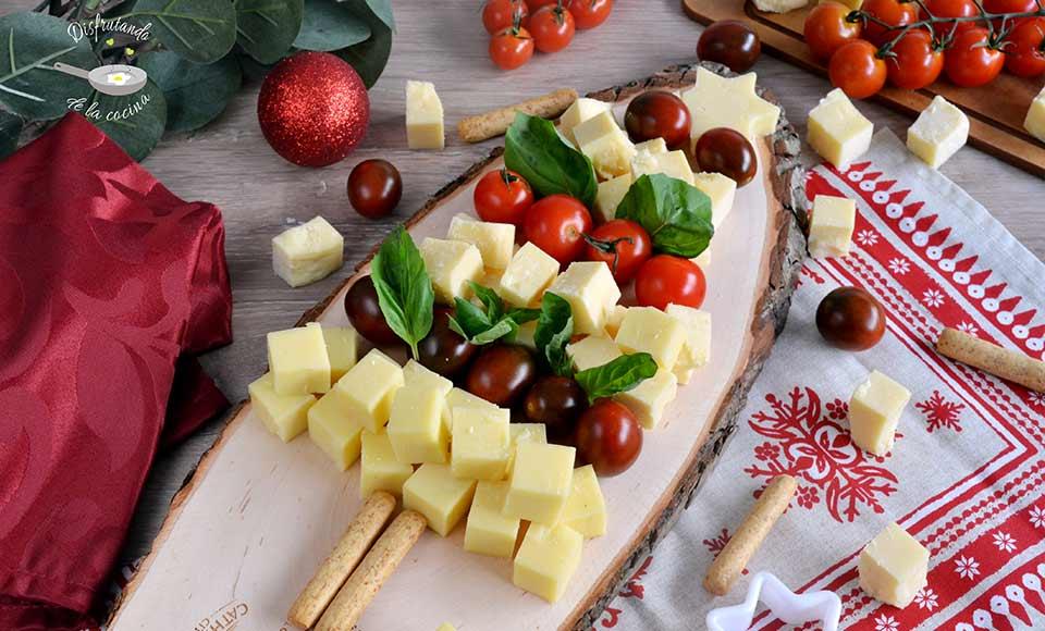 Entrantes de Árbol de quesos y tomates cherrys