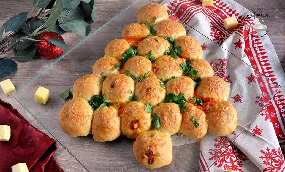 Receta de Árbol relleno de queso y tomate
