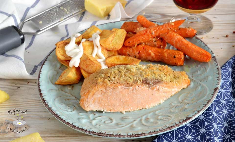 Receta de salmón al horno con crujiente de queso