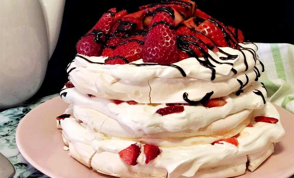 Receta de pavlova con fresas